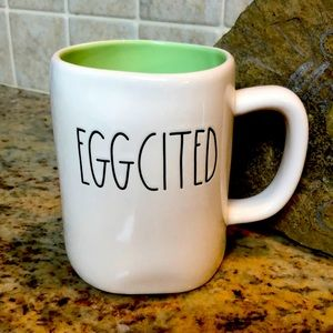 """🆕Rae Dunn By """"EGGCITED"""" White with green inside"""